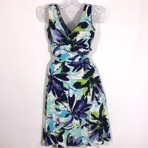 🌞🌞🌞Dress Barn v neck flare skirt size 4 $29 OBO
